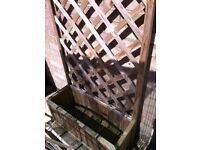 Pressure-treated timber box planter/planter box with trellis back