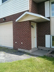 Private 2 BDR  Apartment!!!  Quick 401 Access. Cornwall Ontario image 2