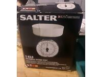 Salter kitchen scales absolute bargain