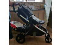 Britax b dual ***WILL TAKE £135 IF SOLD TODAY***