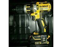 Dewalt DCD795 Combi Hammer Drill