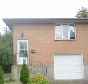 All Inclusive Student Rental 3 BR For the Winter & Summer! Kitchener / Waterloo Kitchener Area image 1