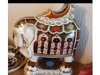 Royal crown derby imari elephant 21cms cash on collections or can post