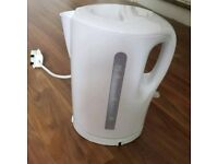 Brand new 1.7L kettle white