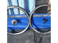 700c Road type wheels