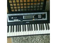 Yamaha Keyboard YPT 210