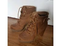 Shoes women brown laces gold UK 5 UK 6 boots high heels NEW LOOK