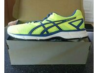 New Asics Gel Galaxy 8 Mens Running Trainers. Size 7 1/2 euro 42.