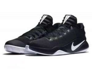 the best attitude 03e4d 080ff Nike Hyperdunks Low Basketball Shoes. BRAND NEW . SIZE 10.5