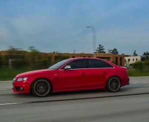 Audi S4 2011 !! 6 speed M !!!Perfect Condition