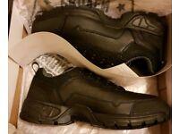 Brand new magnum strider shoe size 10