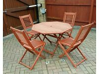 *URGENT*- Outdoor wooden patio furniture set