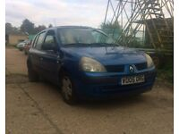 2005 RENAULT CLIO SPARES OR REPAIRS STARTS DRIVES LONG MOT
