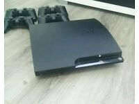 PS3 500GB 4 PADS 8 GAMES