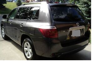 2008 Toyota Highlander SUV with 2 Sets of Brand New Tires