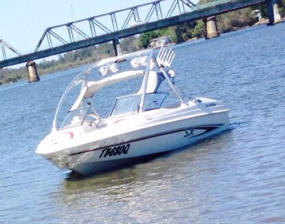 Glastron bow rider 175sx 2005 Woolgoolga Coffs Harbour Area Preview