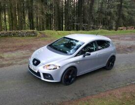SEAT LEON FR 2.0 200BHP low miles fsh warranty. Not gti type r tdi Audi vw