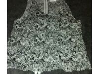 Womens top size large.