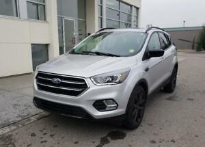 2017 Ford Escape SE 2.0L EcoBoost, Power Tailgate, Pano Sunroof