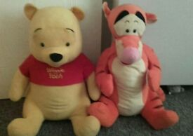 large Winnie the pooh and tigget Disney teddies