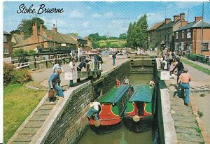 Northamptonshire-Postcard-Top-Lock-Stoke-Bruerne-Grand-Union-Canal-AB429