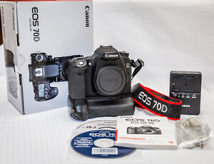 Canon EOS 70D Mint Condition w/ Battery Grip