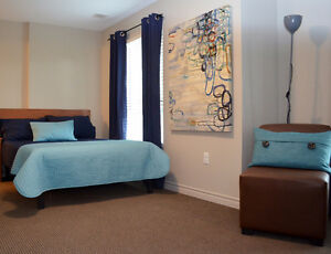 STUNNING Collegeview for Conestoga-Furnished, Utilities, Laundry