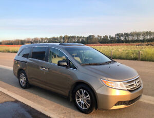 2012 Honda Odyssey EX-L RES with 2nd set of tires