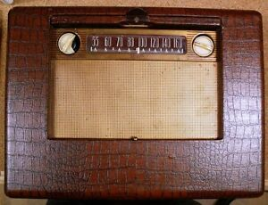 MARCONI AM TUBE RADIO MODEL 265