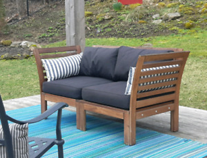 Outdoor Loveseat *Delivery Available*