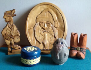 CANDLES, PAINTINGS & MORE! $10 each or 2/$15!!! 2 wooden base TE