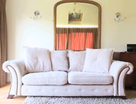 DELIVERY INCLUDED VGC large 2-3 seater cream soft fabric sofa