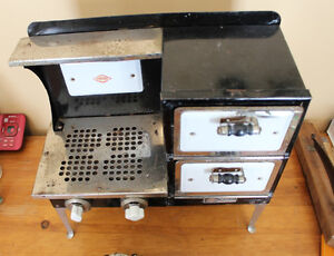 Old Antique Empire Metal Ware Stove - Child Size London Ontario image 2
