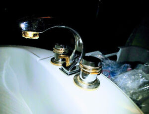 BATHROOM SINK AND FAUCET WITH COUPLINGS ATTACHED