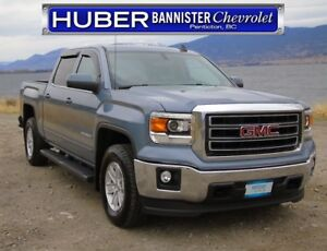 2015 GMC Sierra 1500 4x4/ Heated Seats, Factory Tow