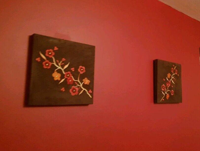 2 lovely velvet pictures canvases