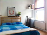 Lovely double room in Stratford! Great location!