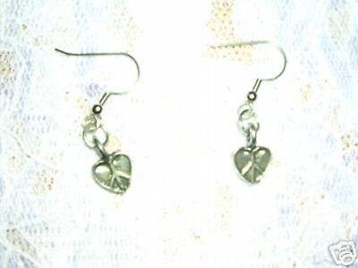 - DOUBLE SIDED 3D HEART SHAPED PEACE SIGN SYMBOL PEWTER DANGLING EARRINGS JEWELRY