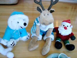 5 Assorted Christmas Plush + 1 Hat - Selling the whole lot Kitchener / Waterloo Kitchener Area image 2