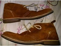 Desert boots classic style by howick