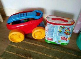 MEGA BLOCKS set with wagon