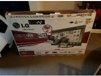 LG 42 inch supper slim line 3D smart led with box