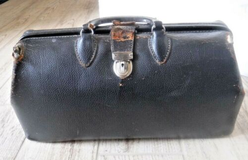 Vintage Kruse Top Grain Cow Hide Doctors Bag 1920