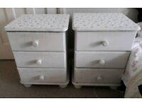 2 Wooden Bedside Tables with 3 Drawers
