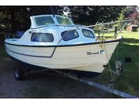 Mayland 15 foot day fishing boat, trailer & 40hp Mariner Outboard engine