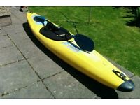 Pyranah White Water Mountain Bat with paddle and neoprene spray deck