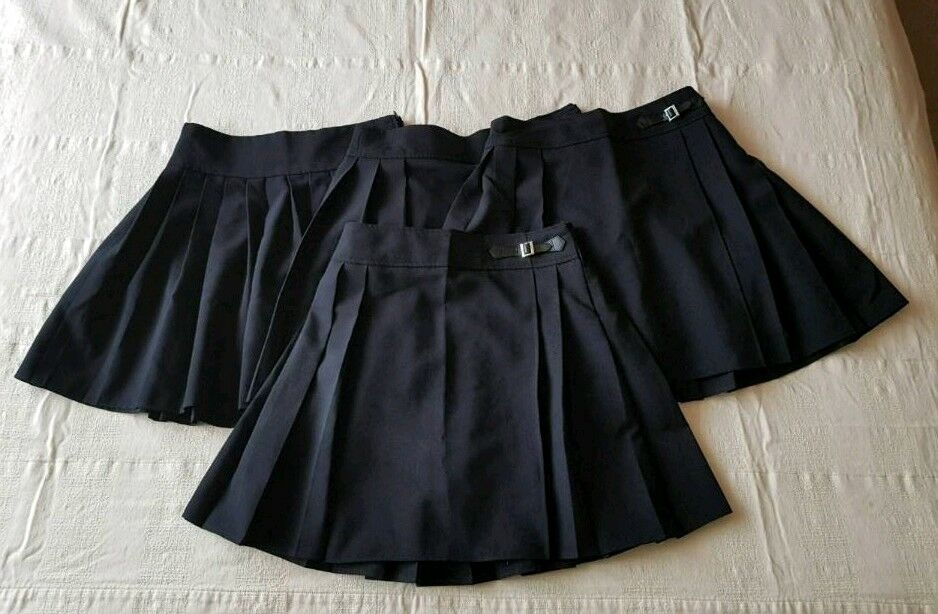 4x Girls Black School Sirts 10 12 yrsin Bournemouth, Dorset - Girls School Skirts from F&F