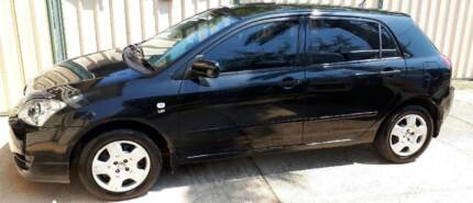 One lady owner 2007 Toyota Corolla Low KMs