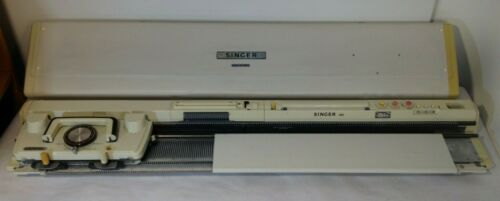 SINGER Memo-Matic 360 K Knitting Machine Encased Nice Condition