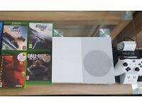 White Xbox One S